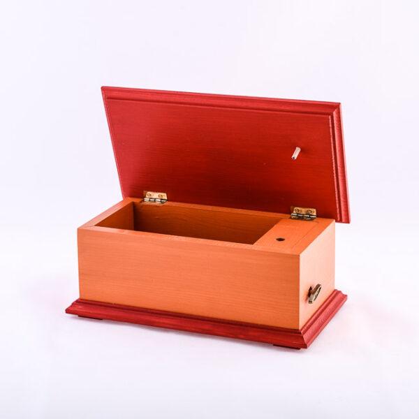 Lesena glasbena skrinjica, rdeča