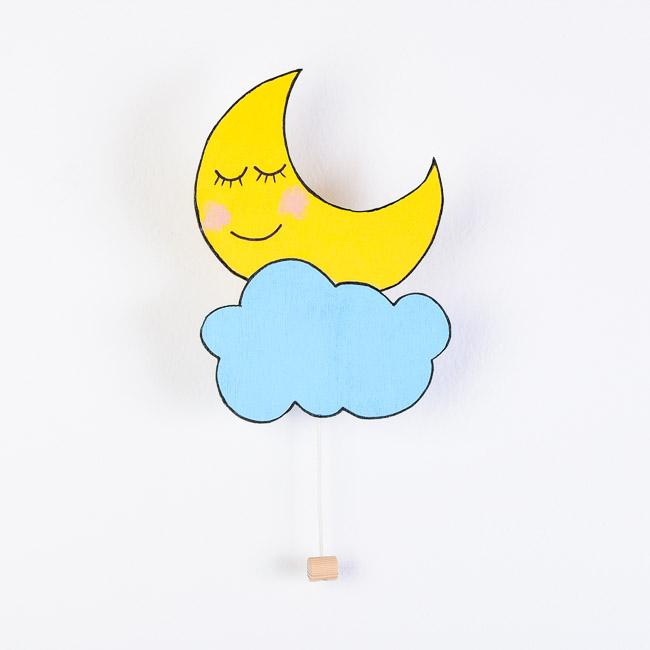 Lesena stenska glasbena dekoracija luna in oblak